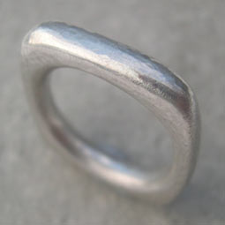 contemporary square silver ring